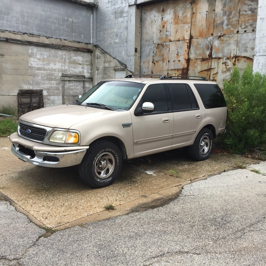 1997 Ford Expedition XLT 4X2