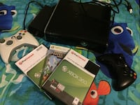 Black xbox 360 Slim with controller and 3 games Nashville, 37115
