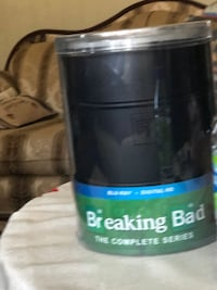 Limited edition Breaking Bad Barrel complète series.