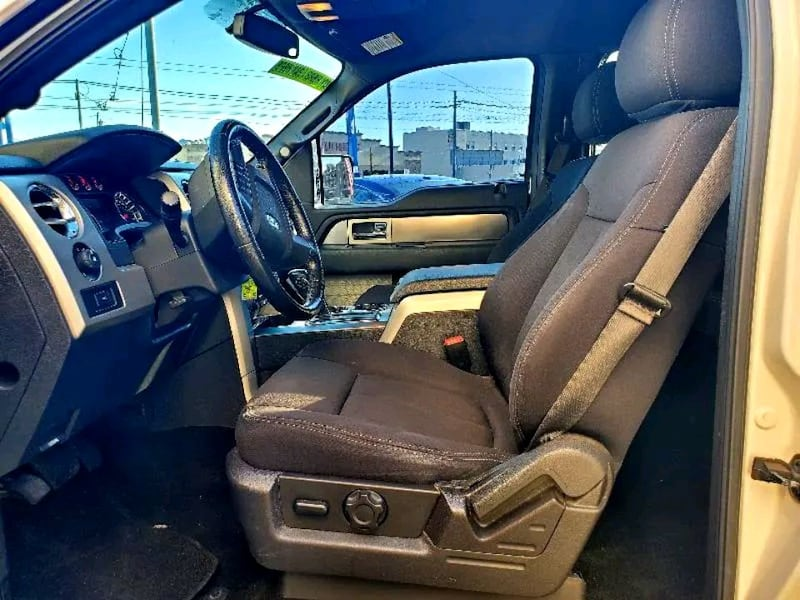 2013 Ford F-150 FX4 4x4 SuperCrew 145-in 002d9439-4801-4551-ad16-c065a8633022