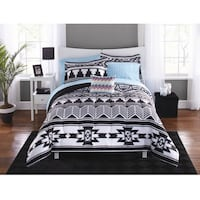 Brand New Mainstays Tribal Black and White Bed in a Bag Full Bedding Set