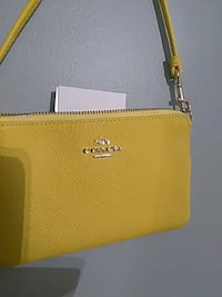 Brand new COACH bag GREAT CHRISTMAS W CLEANING INS San Jose