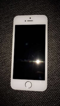 Iphone 5s tres bon etat  Thuré, 86540