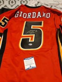 Calgary Flames Mark Giordano Signed Jersey Kitchener, N2M 4S4