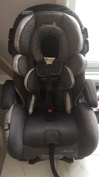 baby's black and gray car seat Laval, H7G