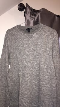 sweat-shirt gris d'homme