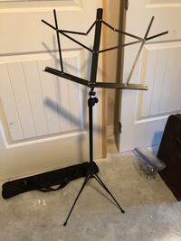 Adjustable Music Stand with Carrying Case. Great for school students musicians  Miramar, 33029