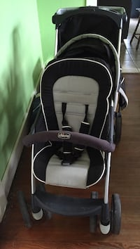 baby's black and gray Chicco stroller Houston, 77093