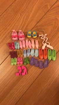 Assorted shoes for dollies  Brossard, J4Z 0K4