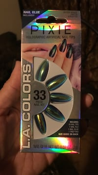 Outer Space Chrome Nails (glue included) Paramount, 90723