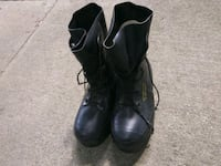 pair of black leather boots Fort Wayne, 46808