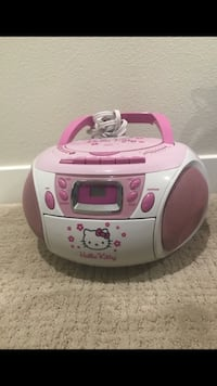 white and pink Hello Kitty radio Walnut, 91789