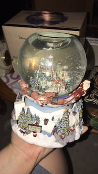 Party lite snow globe w/ tea light holder  Bayville, 08721