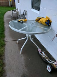patio table Coon Rapids, 55448
