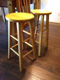two brown wooden bar stools Fort Worth, 76134