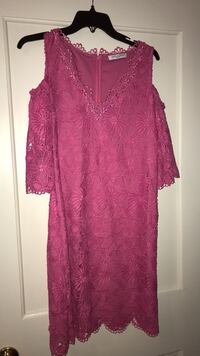 Beautiful pink lace dress size 4
