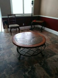 round brown wooden coffee table Reno, 89521
