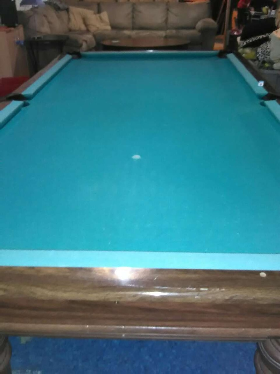 Brunswick Revere Pool Table