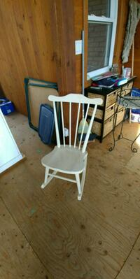Antique rocker Belleville, K0K 2B0