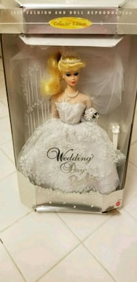 Wedding Day Barbie in Box 13 mi