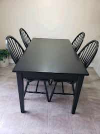 Kitchen table and chairs Vaughan, L4H 1V8