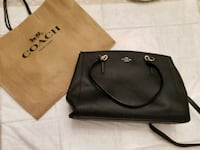 Coach hand bag 528 km