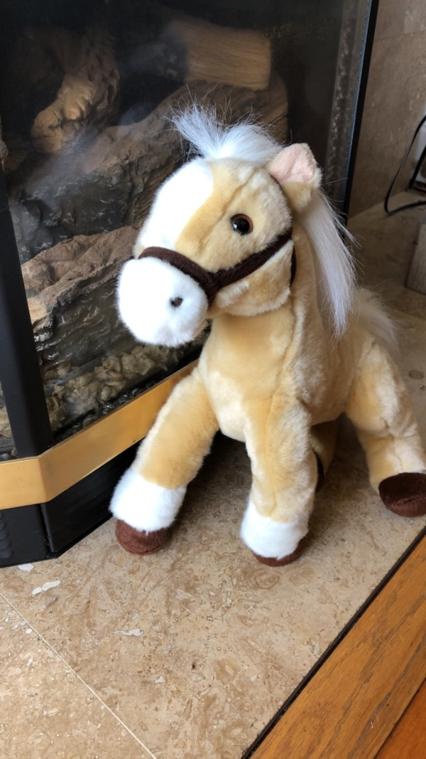 Used Brown And White Horse Plush Toy For Sale In Lafayette Letgo