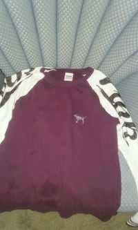 maroon and white scoop-neck sweater Zumbro Falls, 55991