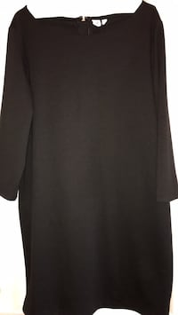 Gap Black dress with trim (straight style) Vaughan, L4J 0A5