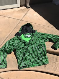 green and black zip-up hoodie San Ramon, 94583