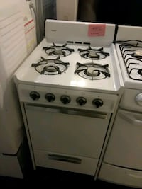 "Hotpoint stove gas 20"" excellent condition"