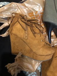 Size 7 heels /pumps 10 each all for 25 Riverdale, 20737