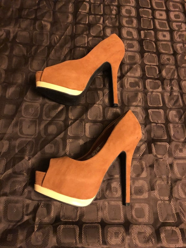New brown heels