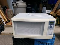white General Electric microwave oven Bowmanville, L1C