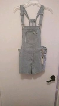 overall shorts Los Angeles, 90744
