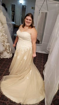 ivroy size 22 wedding dress Oshawa, L1H 8P3