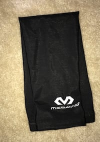 Black McDavid Basketball Shooting Sleeve 10 km