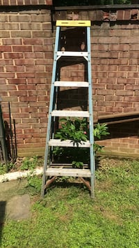 Six foot  ladder Potomac, 20854