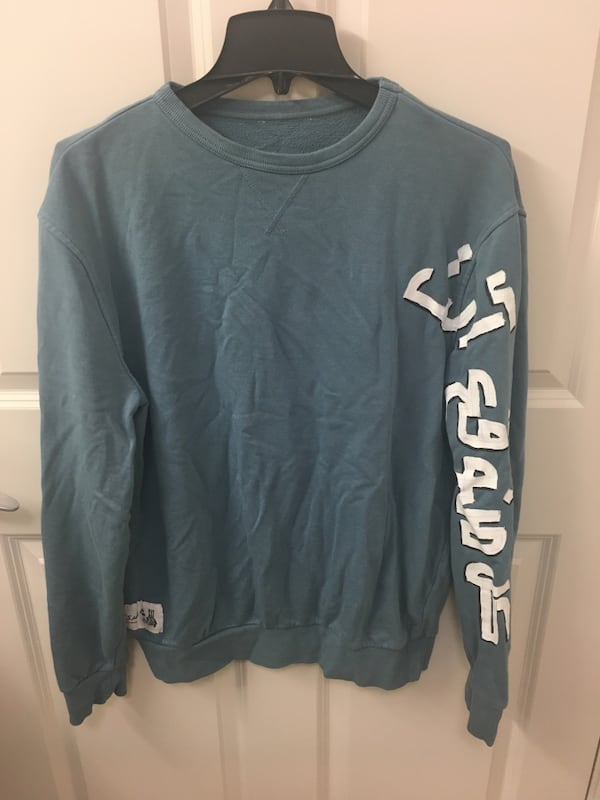Free New Sweater(if you buy others) ce24ea2e-8c38-40eb-b027-1d21c08e8664