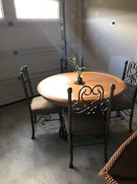Dining room table with 4 chairs Dumfries, 22026