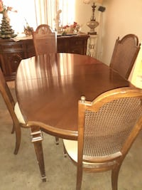 Furniture Solid Wood Table and Curio Cabinet BALTIMORE