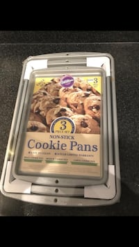 3 set cookie pans Charlotte, 28262