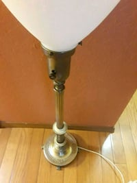 Antique table lamp Seattle, 98136
