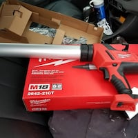 NEW MILWAUKEE M18 CALKING GUN W/ BATTERY AND CHARGER South Ogden, 84405
