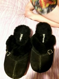Bear paw clogs size 10 h Dover, 19901