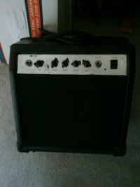 white and black guitar amplifier Westminster, 21158