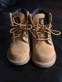 Infant Timberlands size 6 Chester, 06412