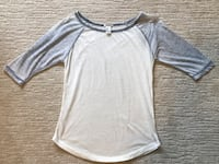 Ladies Forever 21 Top Size Small London, N6G