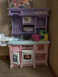 Play kitchen, play food, play appliances & dishes