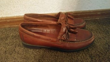 Dexter leather loafers.